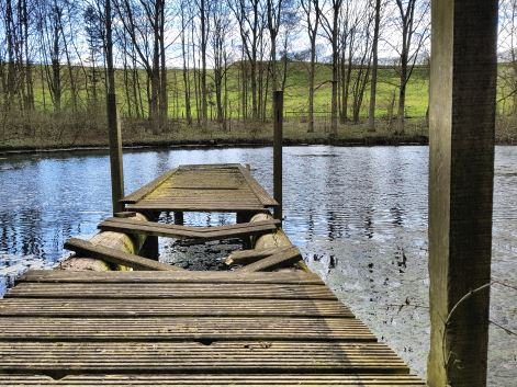 Lincolnshire Wolds lake and jetty