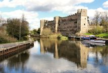 Newark castle overlooking the river Trent