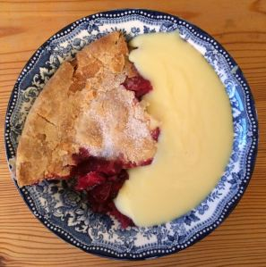 Gluten-free blackberry and apple pie with custard
